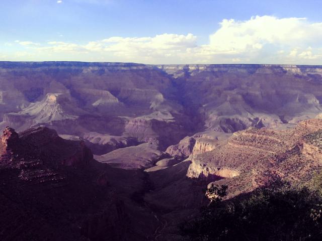 Nicole Zeno Photgraphs The Grand Canyon for Her Rim to Rim Trip